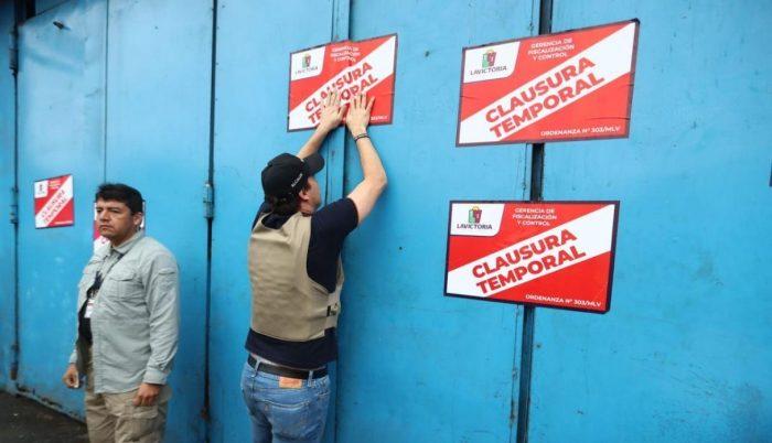 'Polvos azules' es clausurado por la Municipalidad de La Victoria