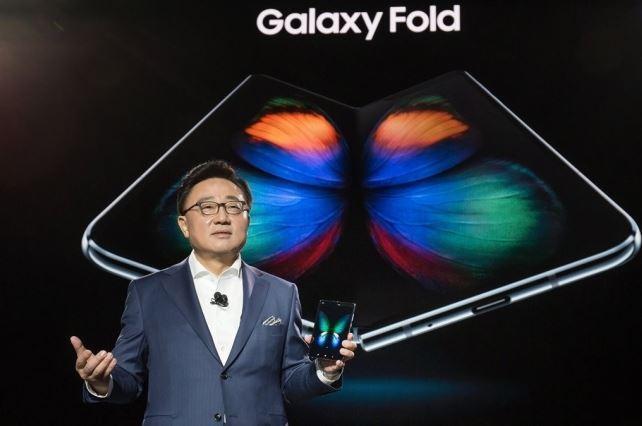 Samsung confirma el lanzamiento del Galaxy Fold luego de corregir sus fallas