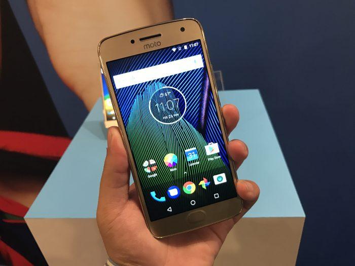 El Moto G5 Plus tiene casi el mismo rendimiento que el Google Pixel