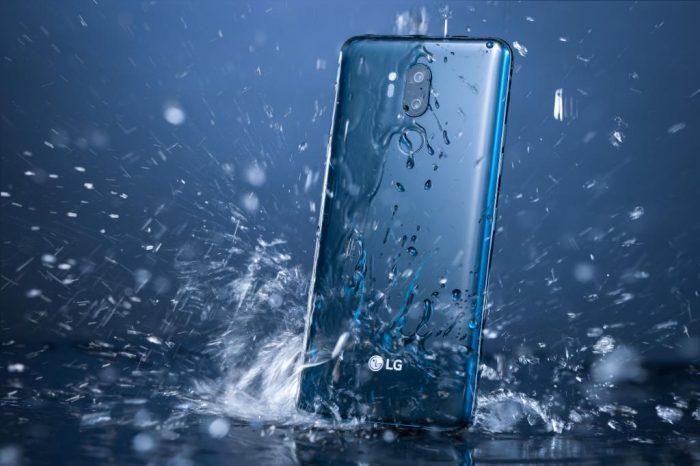 Esta aplicación saca el agua de los altavoces de tu smartphone mojado