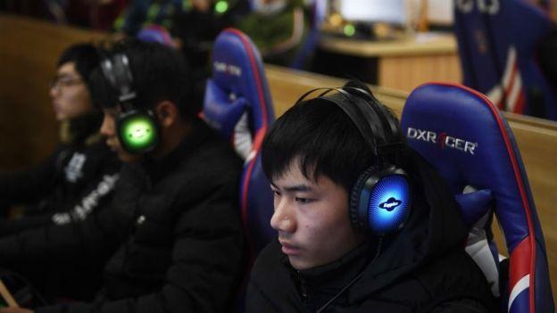 China impuso toque de queda para frenar adicción a los videojuegos