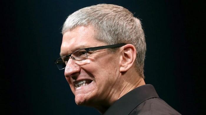 A Tim Cook no le han gustado las críticas a su nueva funda batería para el iPhone 6s