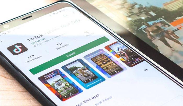 Google pagó extra a fabricantes de smartphones para no incluir tienda de terceros