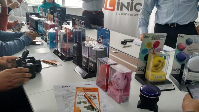 Divoom presenta nueva línea de parlantes portables junto a Linio